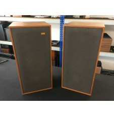 Spendor BC1 pair front view